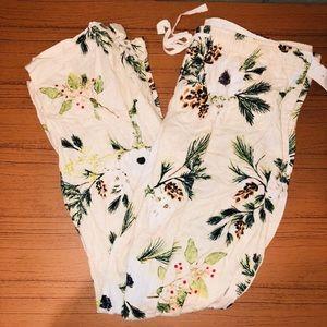 Super cute floral pajama pants size large